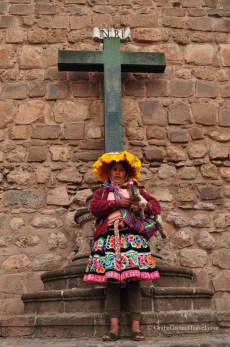 Inka Woman in Cusco Peru, the starting point of any Machu Picchu travel