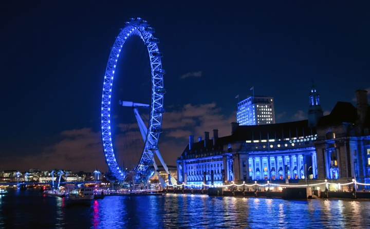 London Eye, London's South Bank at dusk