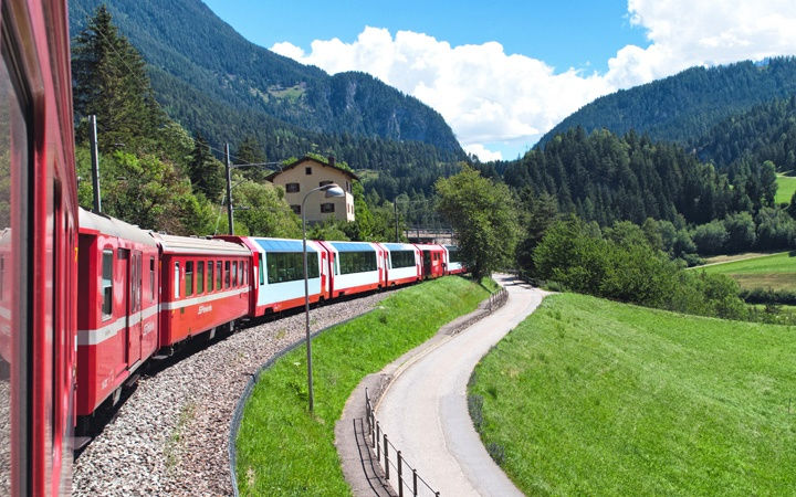 Swiss scenic trains