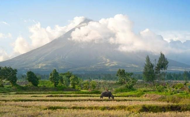 Berichtgeving Mayon Vulkaan Filipijnen Onweer Online Nl