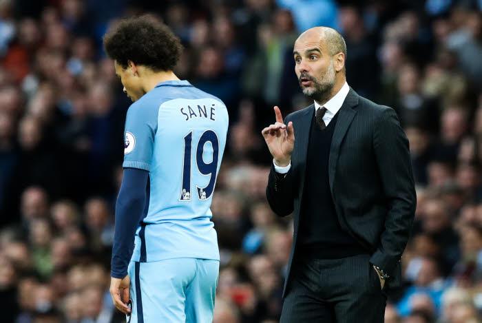 Manchester City : Guardiola s'enflamme pour Gabriel Jesus !