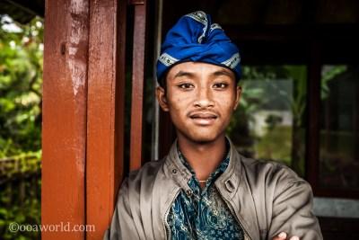 Ulun Danu Bratan Temple Security Portrait Bali photo Ooaworld