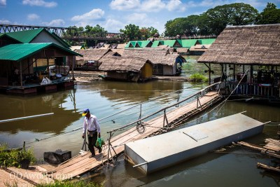Mekong River Restaurant Photo Ooaworld