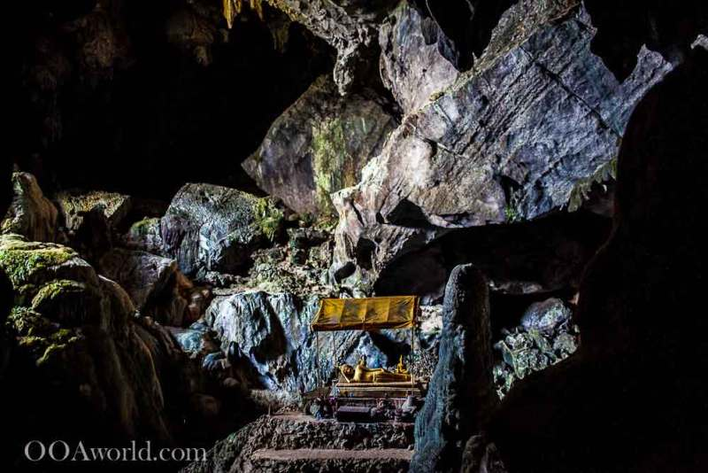 Vang Vieng Cave Laos Photo Ooaworld