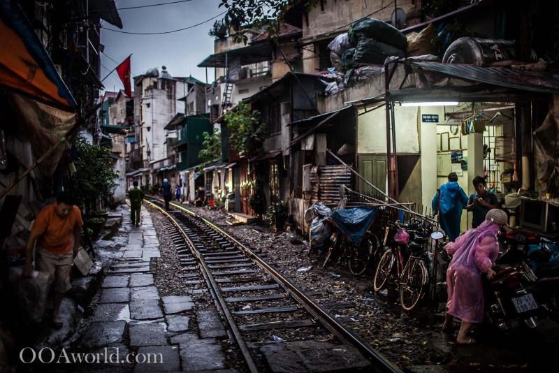 Hanoi Railway Tracks Vietnam Photo Ooaworld