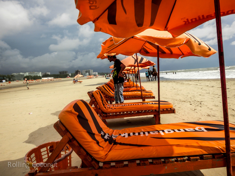 Bangladesh Cox's Bazar Lounge Chairs for Rent ooaworld Rolling Coconut Photo Ooaworld