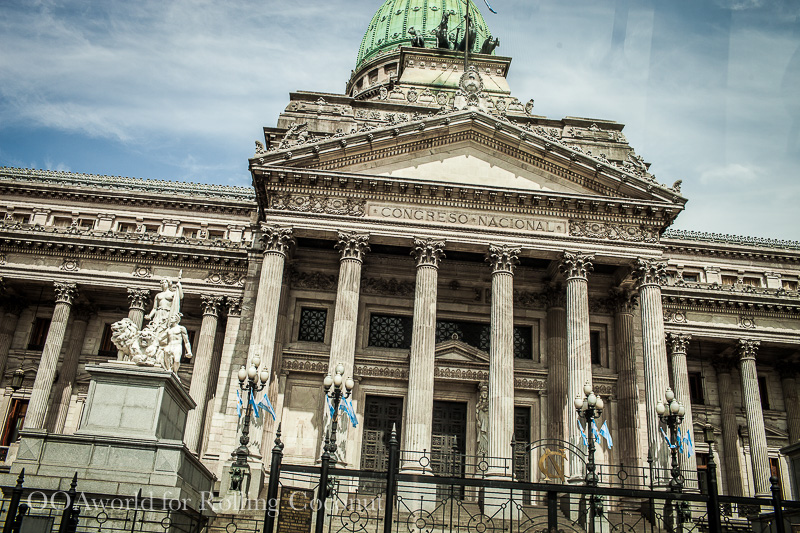 Argentina Buenos Aires Monument Congreso Rolling Coconut OOAworld Photo Ooaworld
