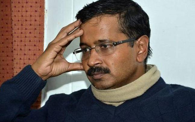 Troll CM Kejriwal finally meets his match on Twitter, runs away from Debate challenge