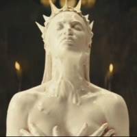 Charlize Theron Gets Evil in First Trailer for Snow White and the Huntsman