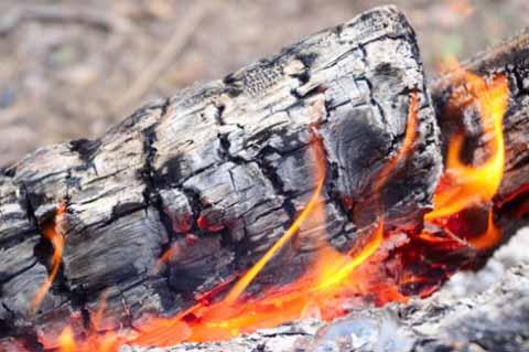 Focu sugnu e cinniri diventu (Poesia)
