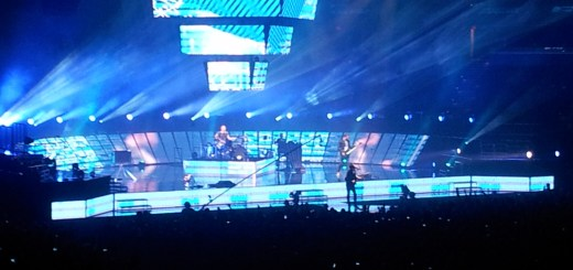 MUSE puts on a stunning show while performing several of their hit songs. Fans eagerly awaited what surprises they would throw up on the huge screens throughout the stage.