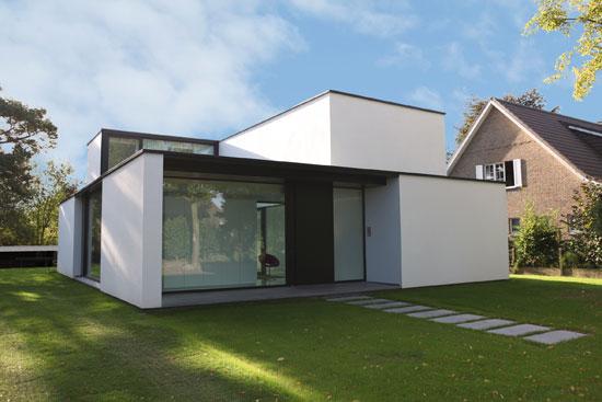 autre vue de la façade arrière de ce modèle de maison du0027architecte - modeles de maison a construire