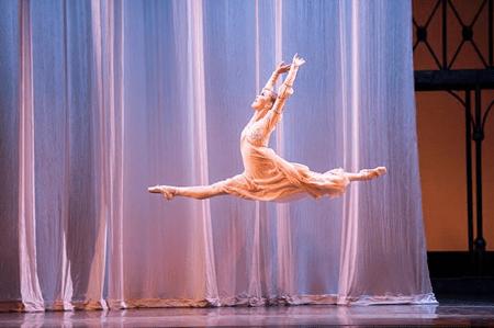 "The hard work pays off: Ansa Deguchi as Juliet in Canfield's ""R&J."" Photo: Jingzi Zhao"