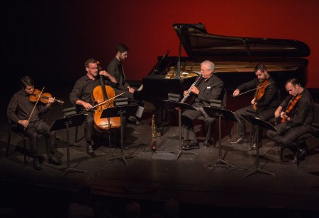 The Dover Quartet joined actor Jack Gilpin, clarinetist David Shifrin and pianist Yevgeny Yontov at Chamber Music Northwest. Photo: Kimmie Fadem.