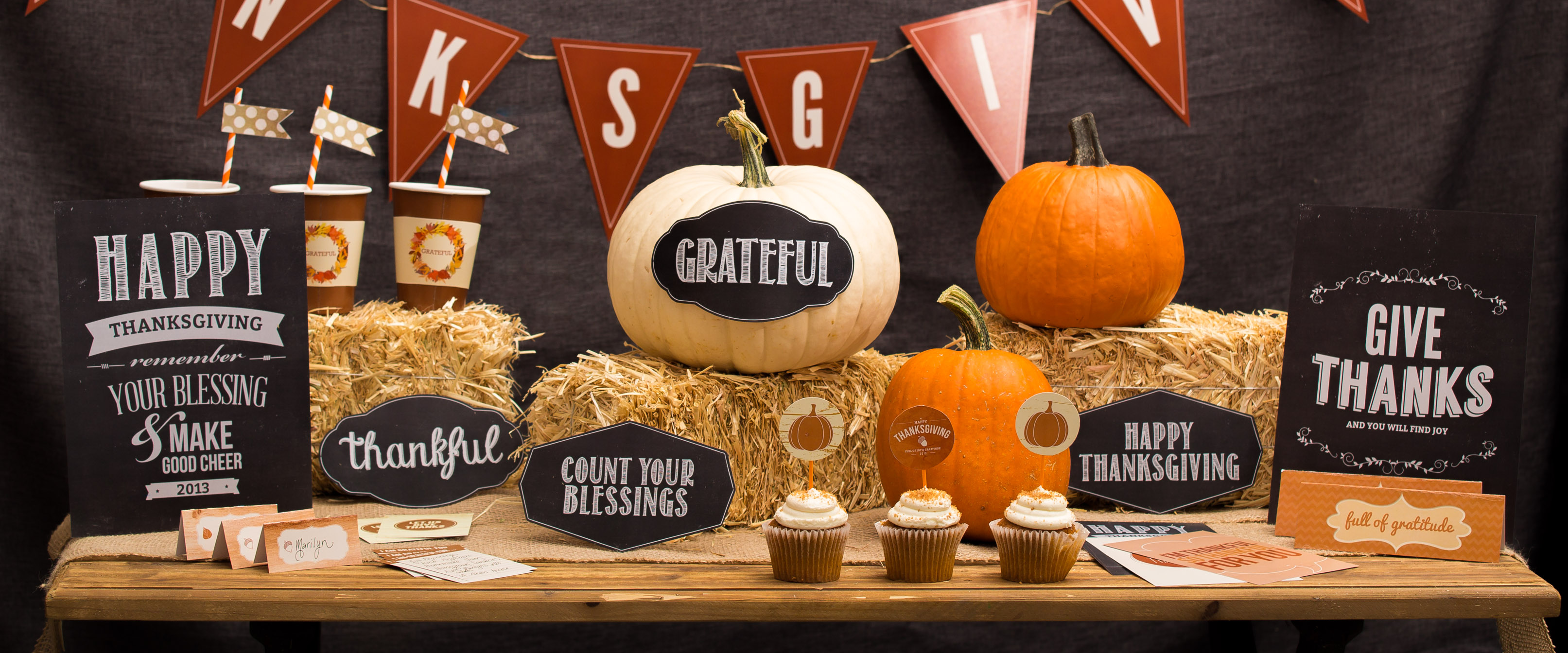 Screen Scratch Wallpaper Hd Thanksgiving Great Time To Enjoy Time With Friends And