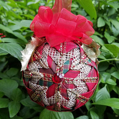 red mixed christmas ornament