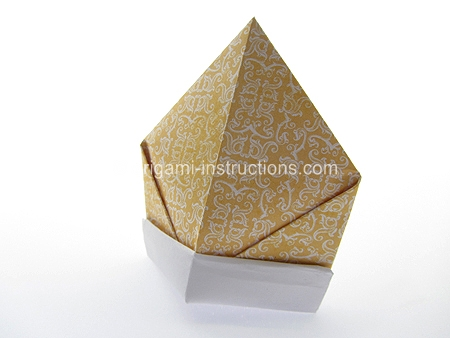Origami Bishop39s Mitre Folding Instructions
