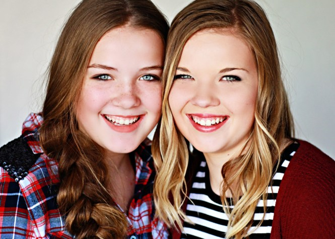 Senior Pictures: Style Guide. Close up image of my sister, Amanda, and I.