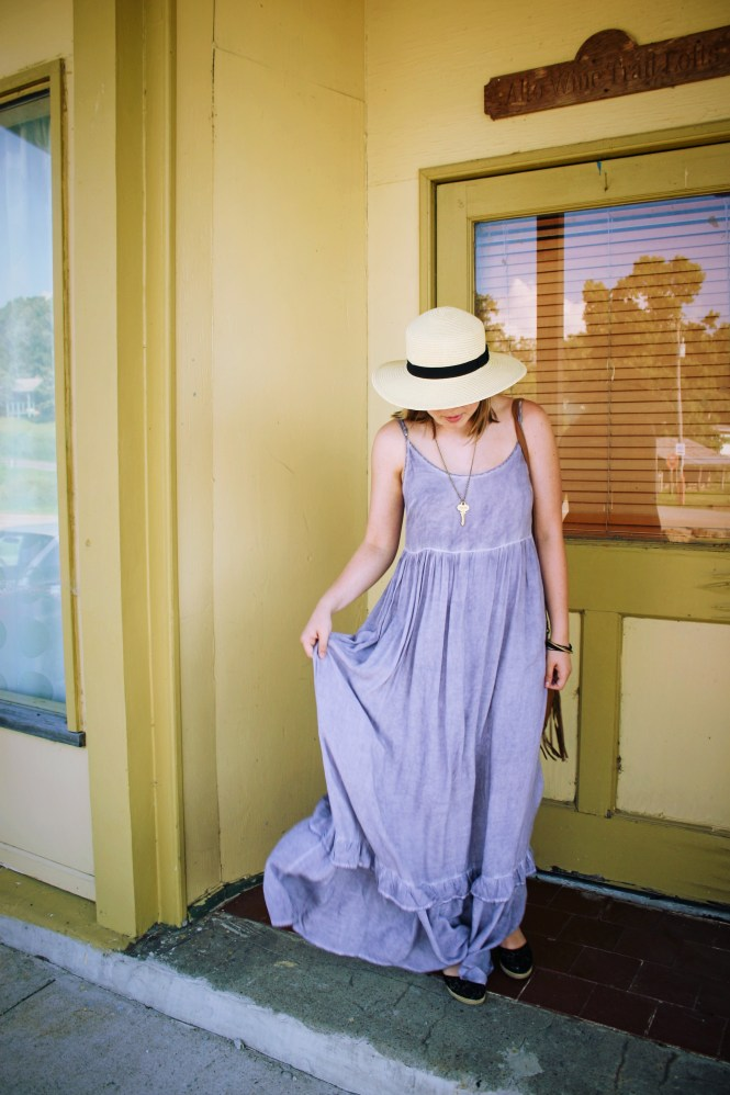 Maxi Dress. Styling a beautiful maxi dress from Philanthropy.
