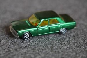 auto-252606_640
