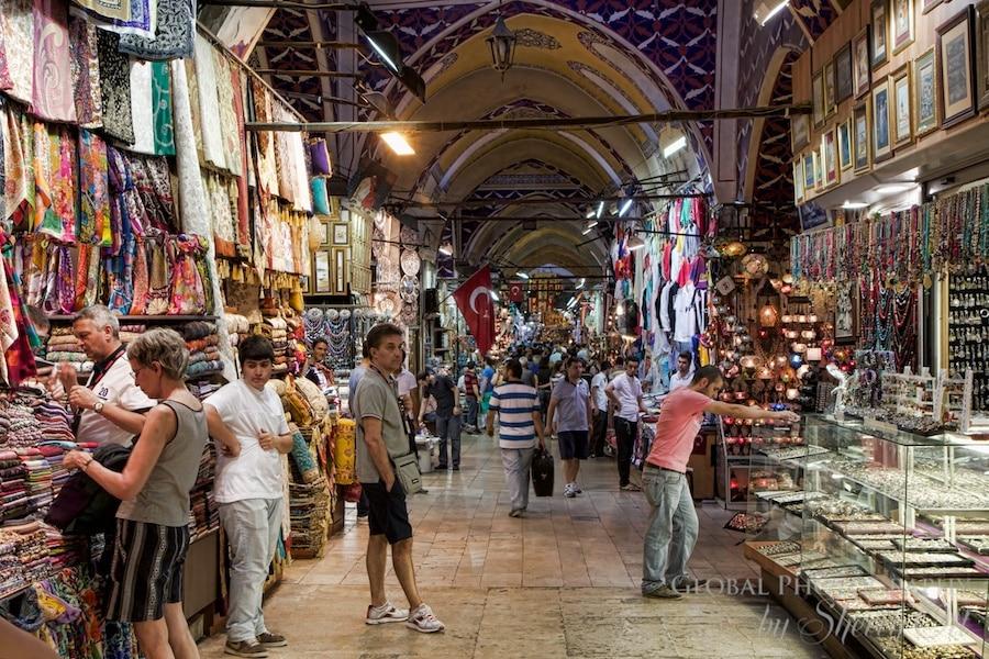 Hallways of shopping