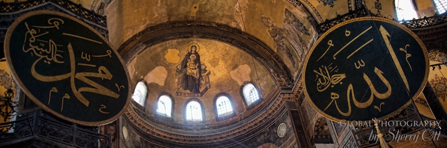 The roles of Hagia Sophia through History - Mosque and Church