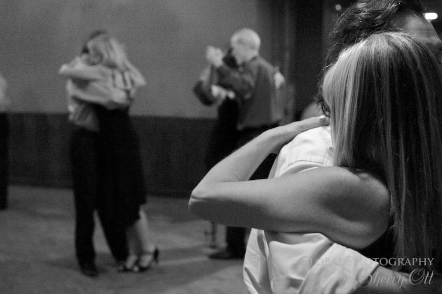Tango unison