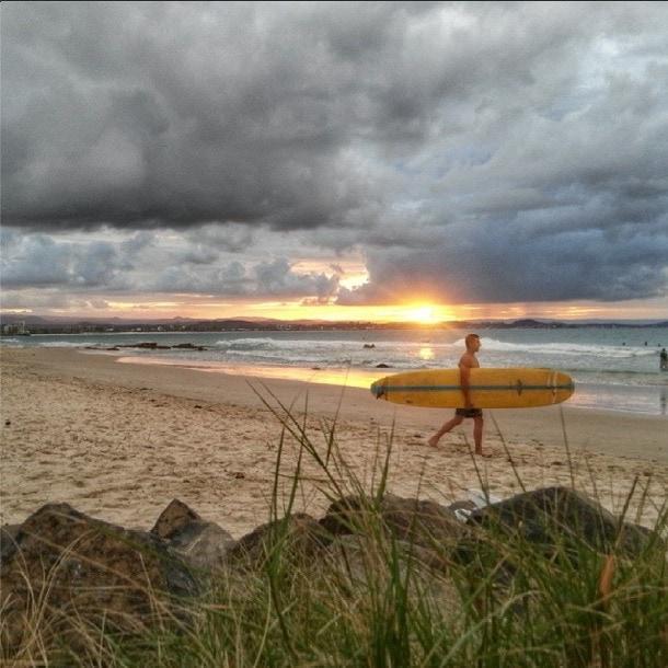 coolangatta surfing