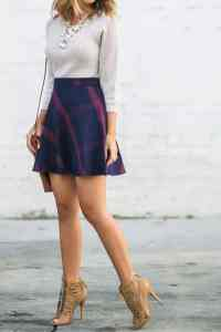 Petite Outfits Ideas-12 Latest Fashion Trends for Short Women