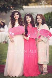 30 Best Bridal Shower Outfits For Pakistani Weddings