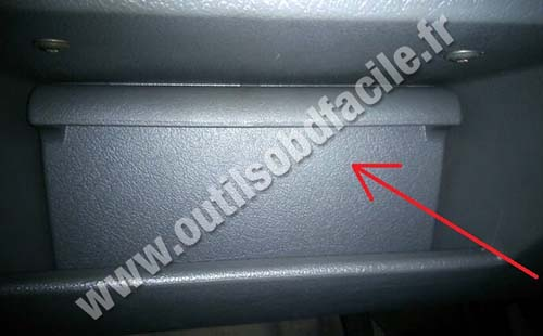 OBD2 connector location in Volkswagen Polo (1997 - 2002) - Outils