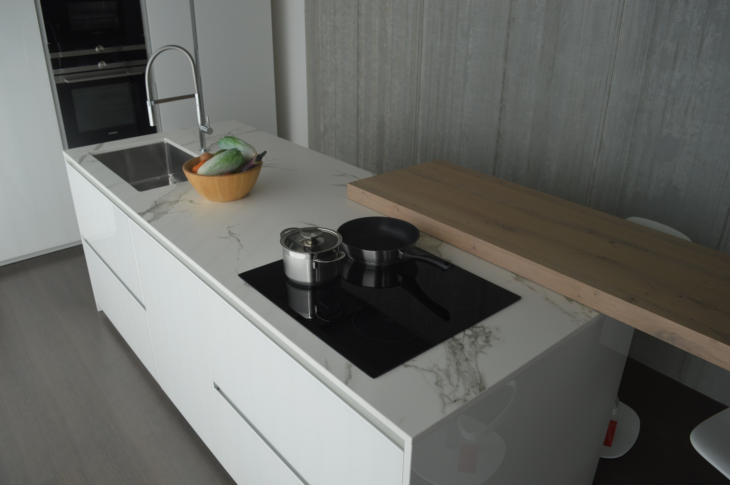 Prezzi Doimo Cucine. The Solution That Places The Tall Units With ...