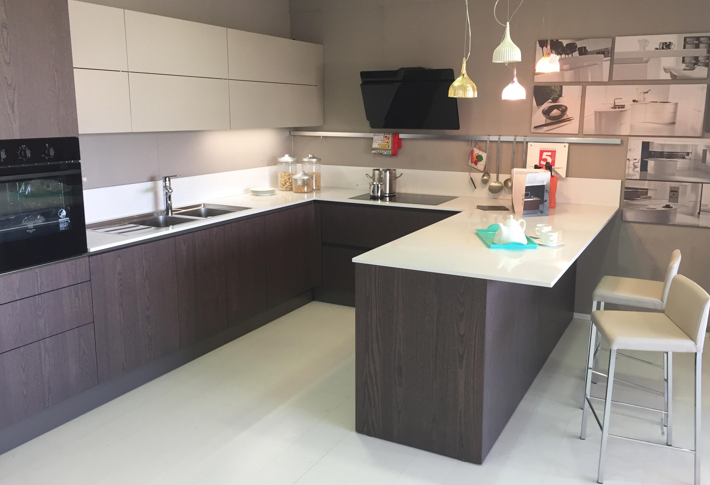 Cucina con penisola prezzi cucine piccole compatte anche per il soggiorno with cucina con - Cucine a penisola ...