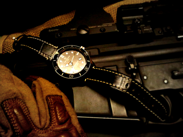 1 20120303 093745 001 Christopher Ward C60 Trident Bond Review