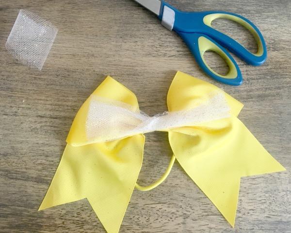 diy-belle-bow-snip-off-the-ends