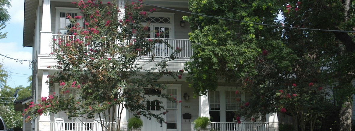 16-gray-white-house