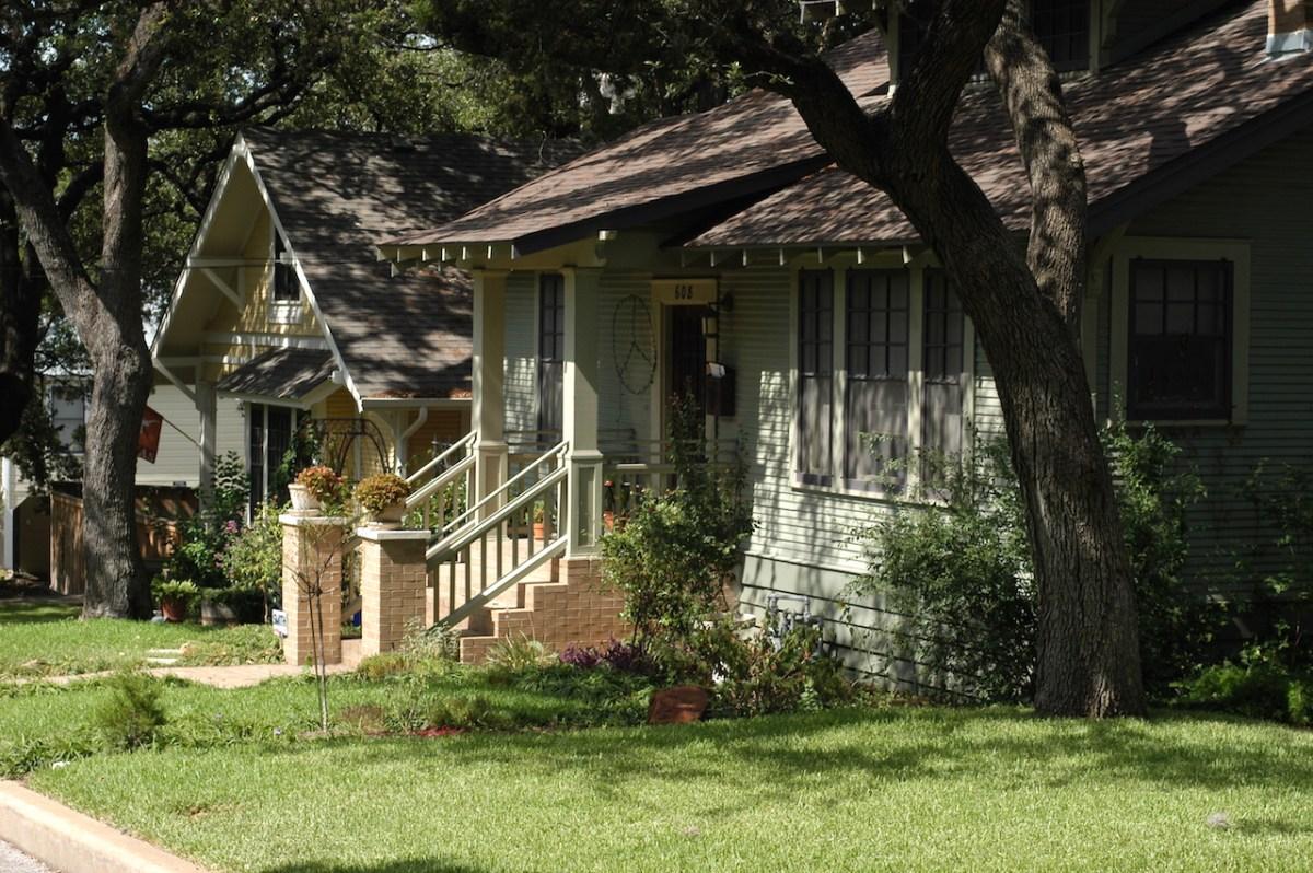 16-house-porch