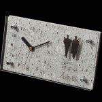 大谷石の置時計