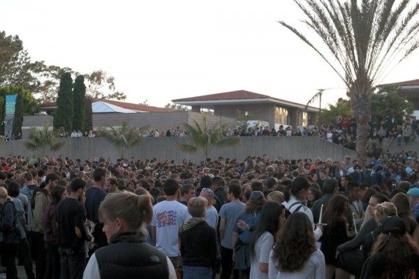 About 4,000 people showed up to remember the victims of  Friday night's bloody massacre in Isla Vista. (Erika Martin / Business Times photos)