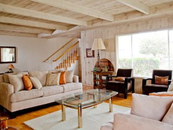 Pacific Grove Chamber of Commerce Monterey Bay Property - living room property management