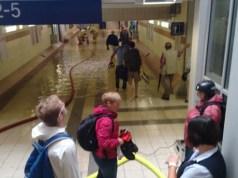 Hauptbahnhof Paderborn überschwemmt bei Regen - Überschwemmung, überflutet, unter Wasser