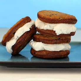 """Banana Bread """"Ice Cream"""" Sandwiches Recipe"""