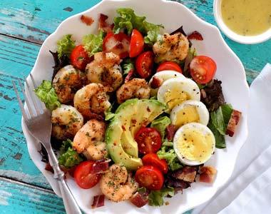 Paleo Shrimp Cobb Salad with Garlic Vinaigrette Recipe