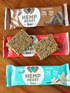 Manitoba Harvest Hemp Heart Bar Review and Contest to Win a Free Box!