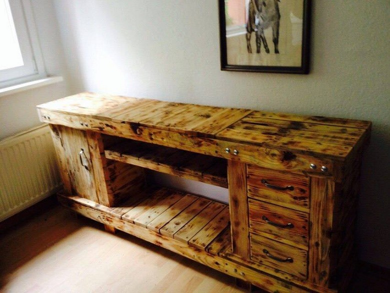 Pallet Wooden Recycled Furniture Ideas