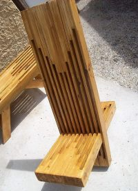 Artistic Wood Pallets Chairs and Table | Pallet Ideas