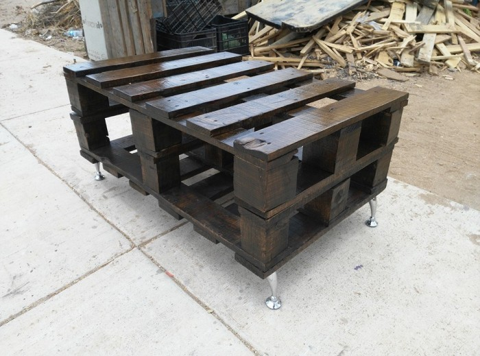 Pallets Wood Made Rustic Coffee Table Pallet Ideas