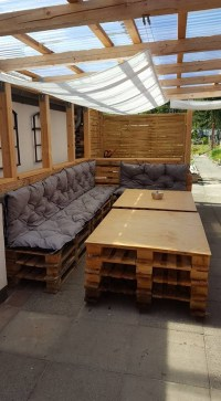 26 Awesome Pergolas Made From Pallets - pixelmari.com