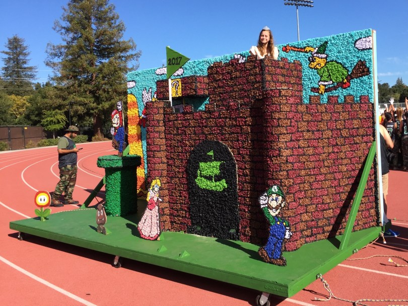 The Paly freshmen float included a castle