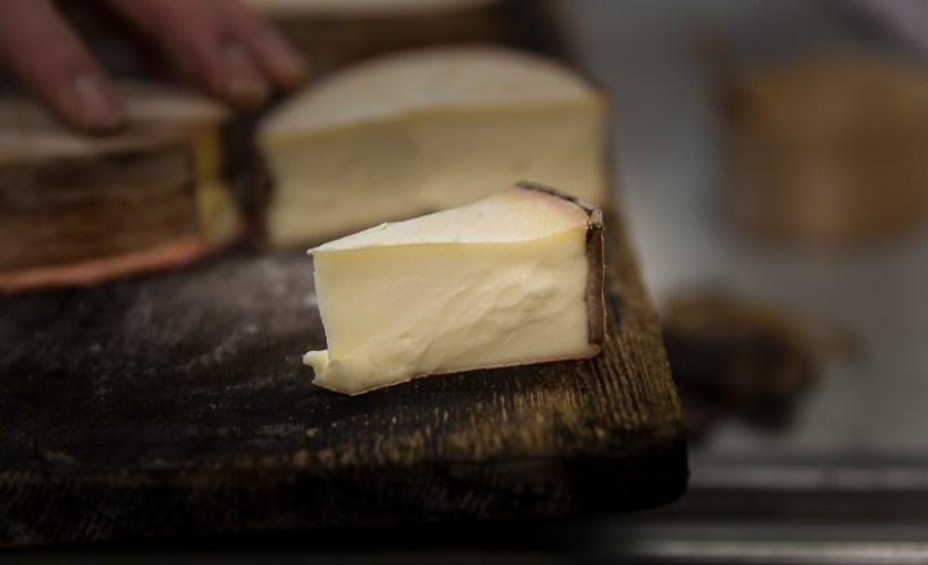 Ravioles au Vacherin Mont d'Or et comment fabrique-t-on le Vacherin Mont d'Or (fromage AOP Suisse)